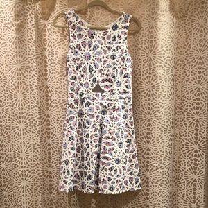 Cece women's sleeve dress w/ center cutout size 8